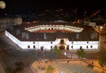 Hôtel Plaza de toros – Arènes / Extérieur ©D.R. – Espagne / Castille-La Mancha
