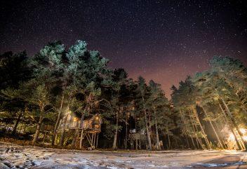 Les nids cosy des Vosges – Exterieur de nuit ©D.R. – Grand Est / Vosges
