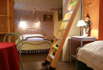 Péniche d'Argile et d'eau – Chambre à coucher ©D.R.